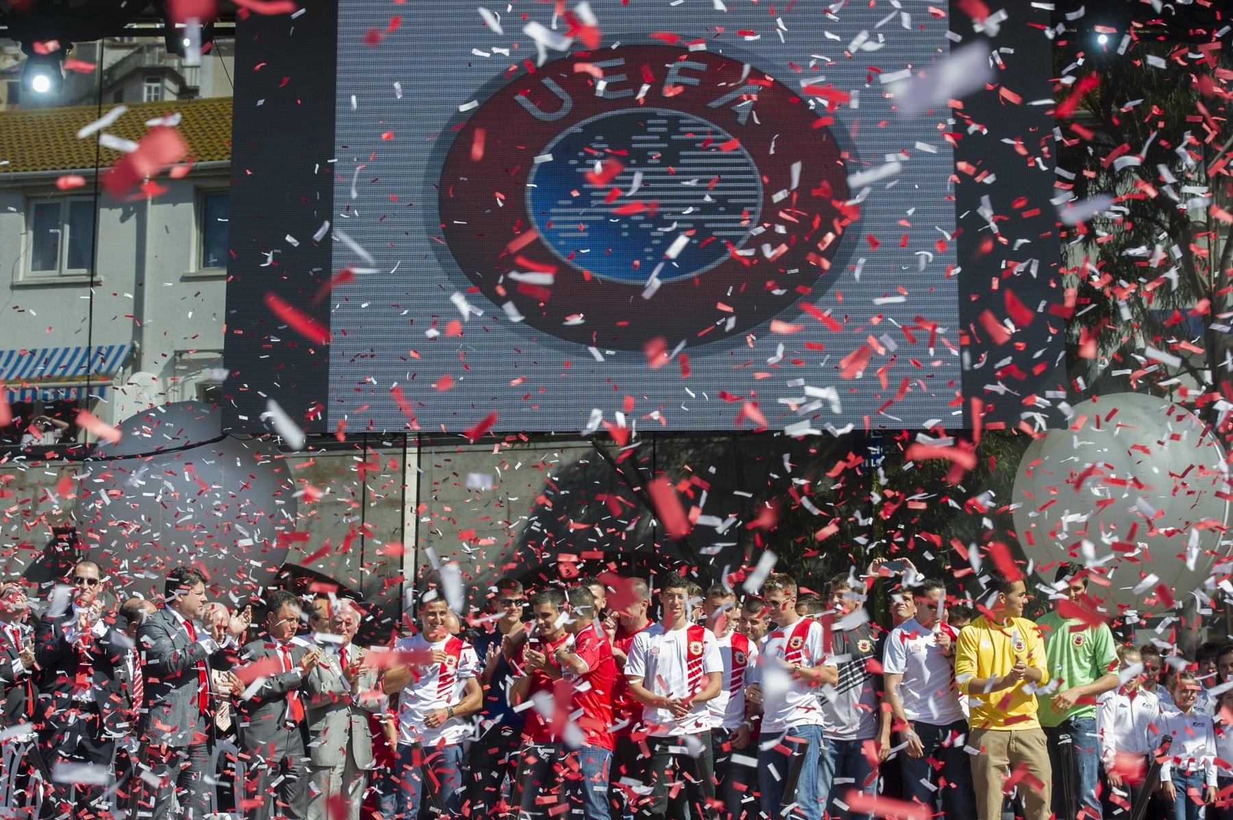 celebracin-entrada-gibraltar-en-la-uefa-10_9224812532_o