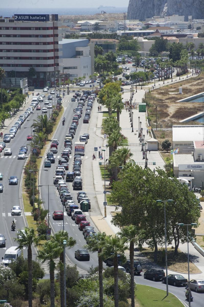 vista-area-de-las-colas-de-acceso-a-gibraltar_9460862160_o
