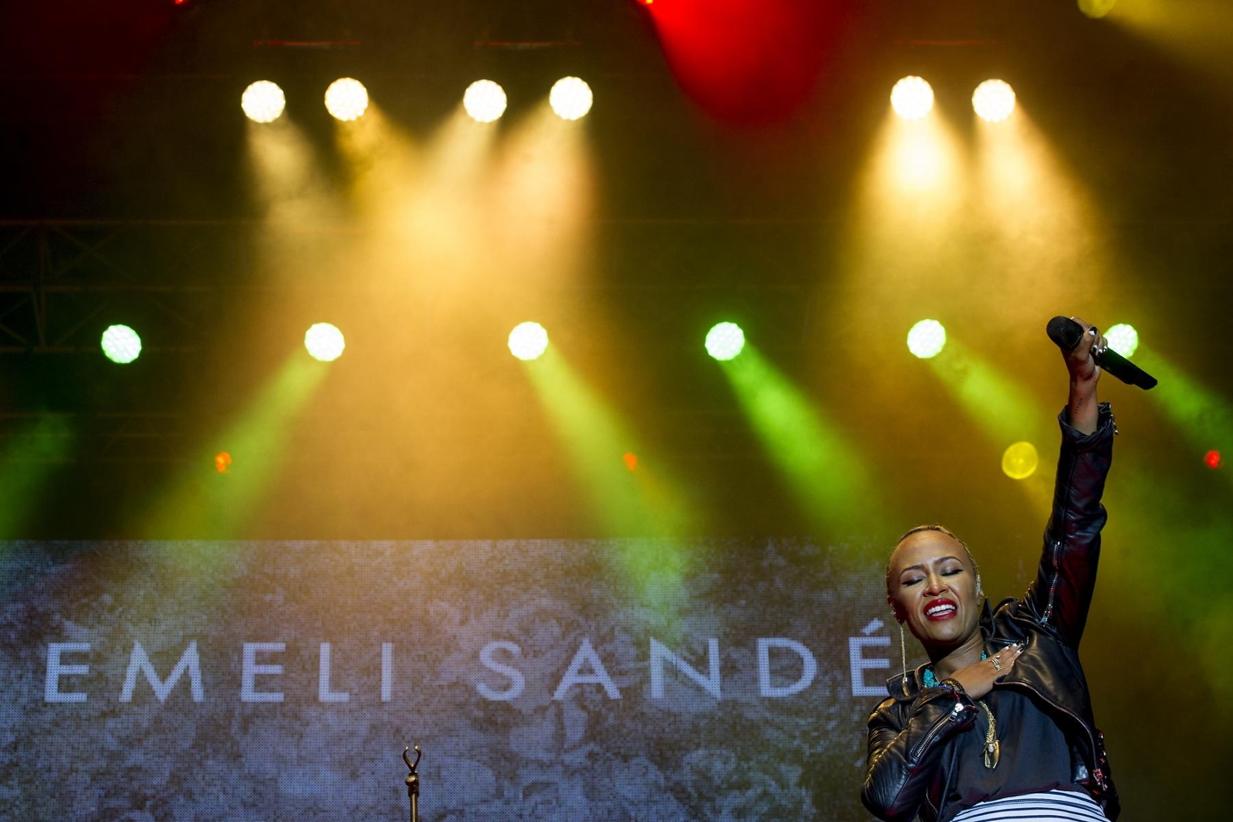 gibraltar-music-festival-2013-emili-sande_9703004352_o