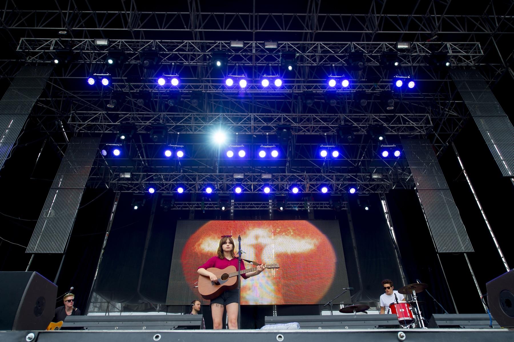 gibraltar-music-festival-2013-gabrielle-aplin_9702988984_o