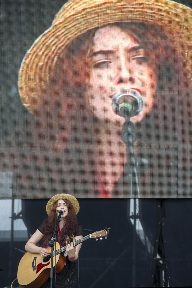 gibraltar-music-festival-2013-hollie-buhagiar_9699741407_o
