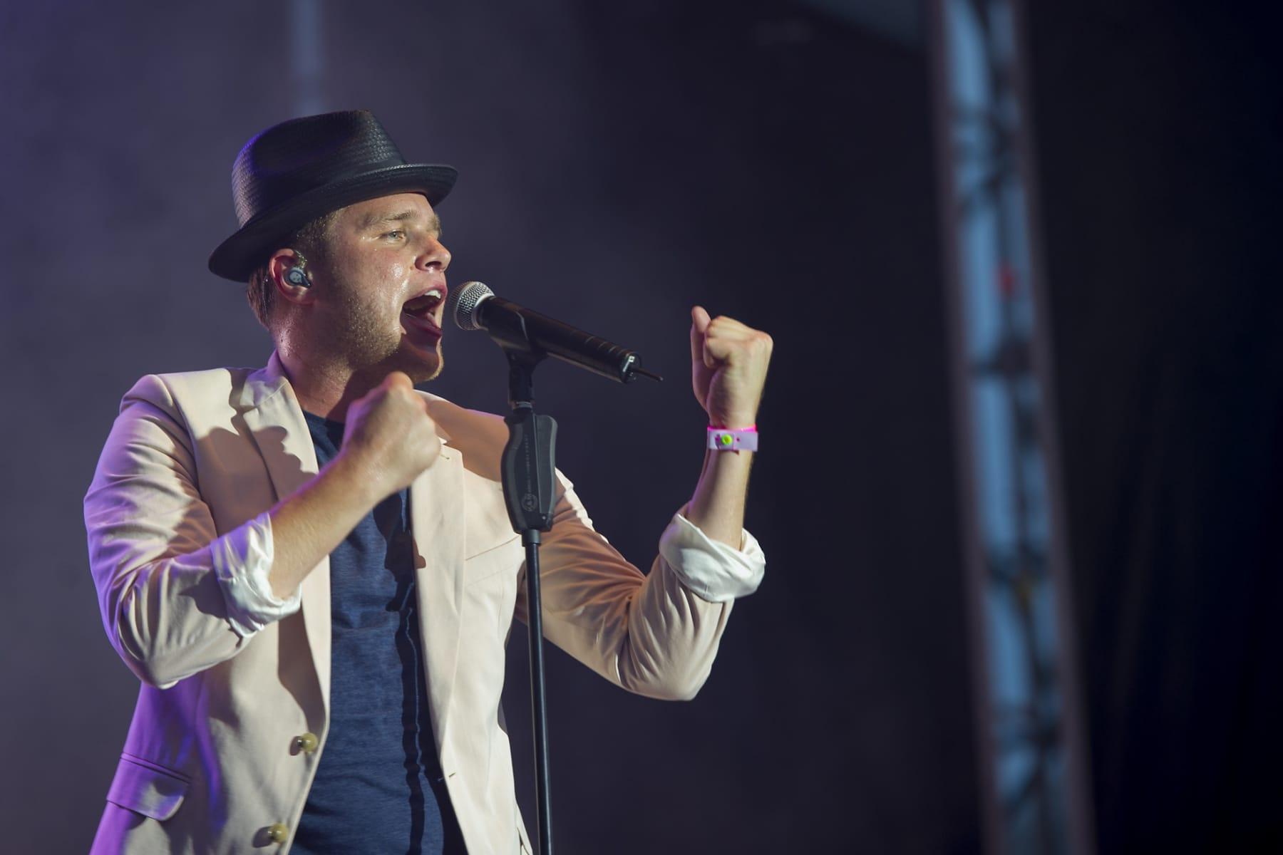gibraltar-music-festival-2013-olly-murs_9703106742_o