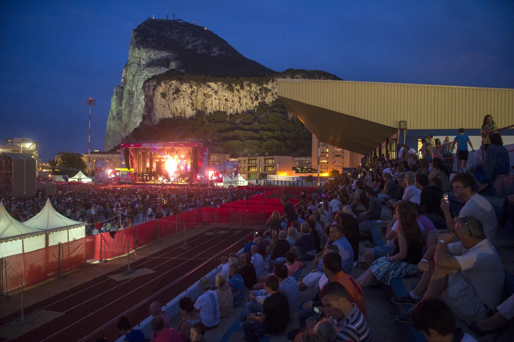 gibraltar-music-festival-2013-publico-y-ambiente_9699816029_o