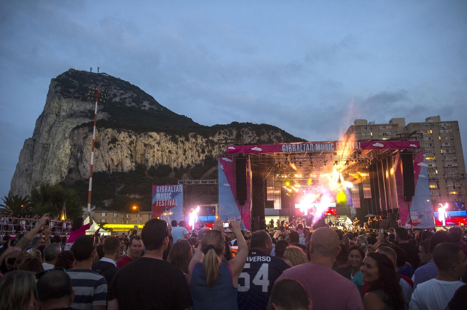 gibraltar-music-festival-2013-publico-y-ambiente_9699818209_o