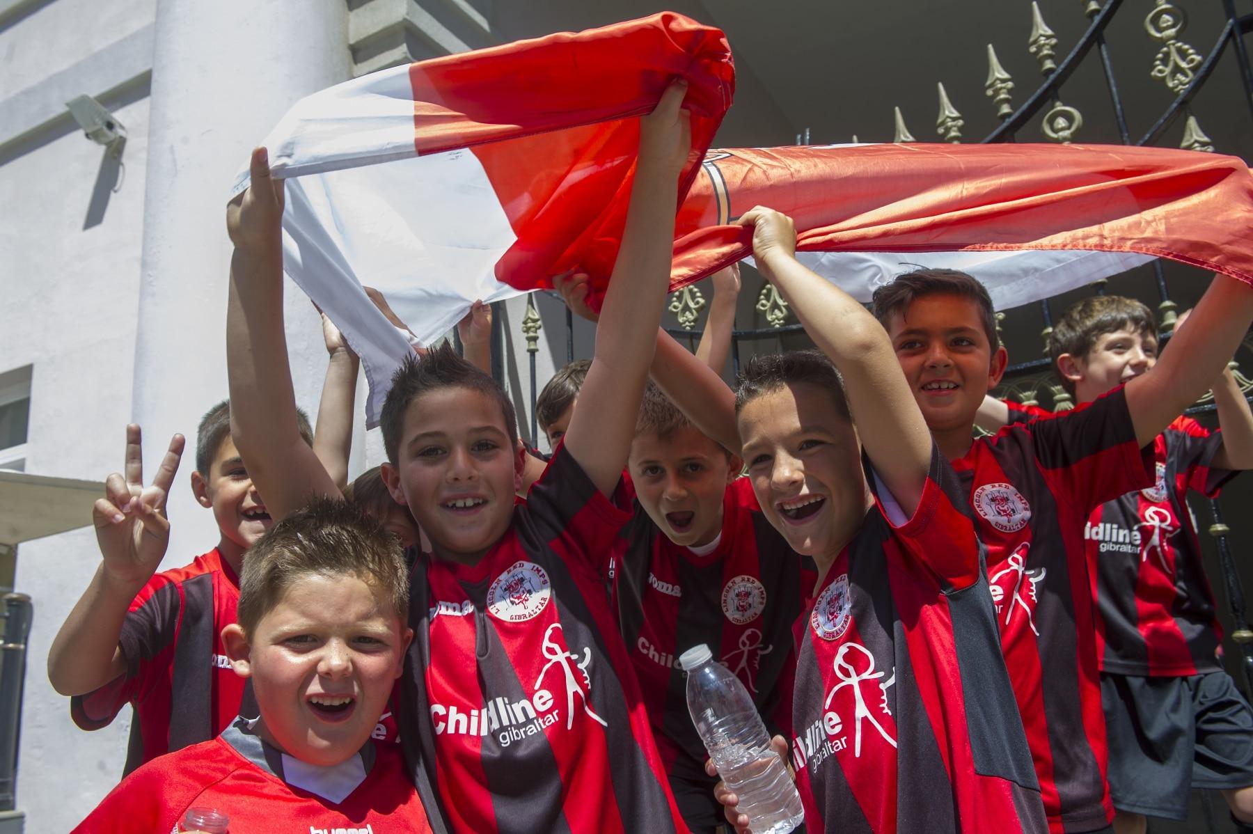 celebracin-entrada-gibraltar-en-la-uefa-01_9224811070_o