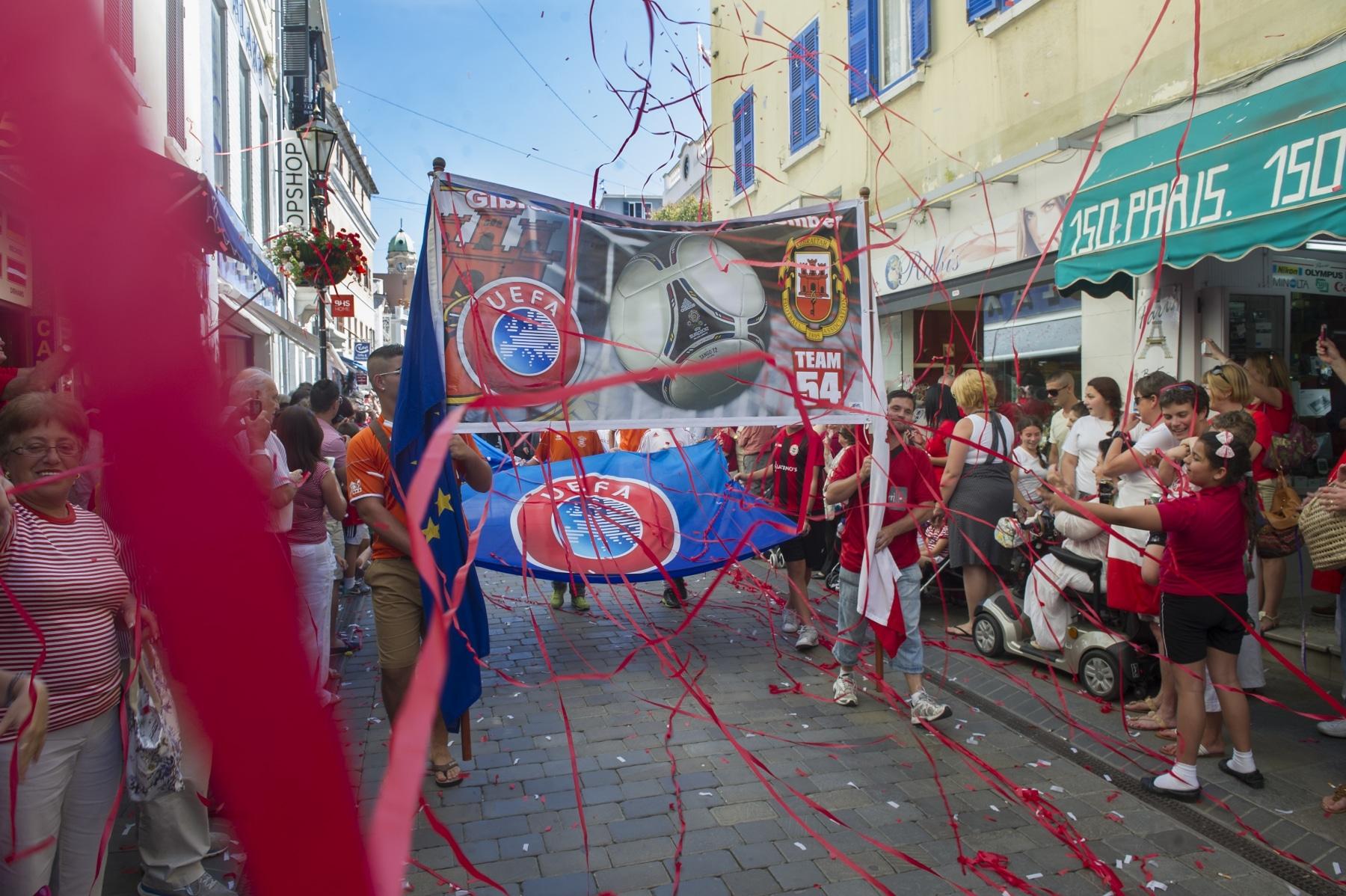 celebracin-entrada-gibraltar-en-la-uefa-04_9224808220_o