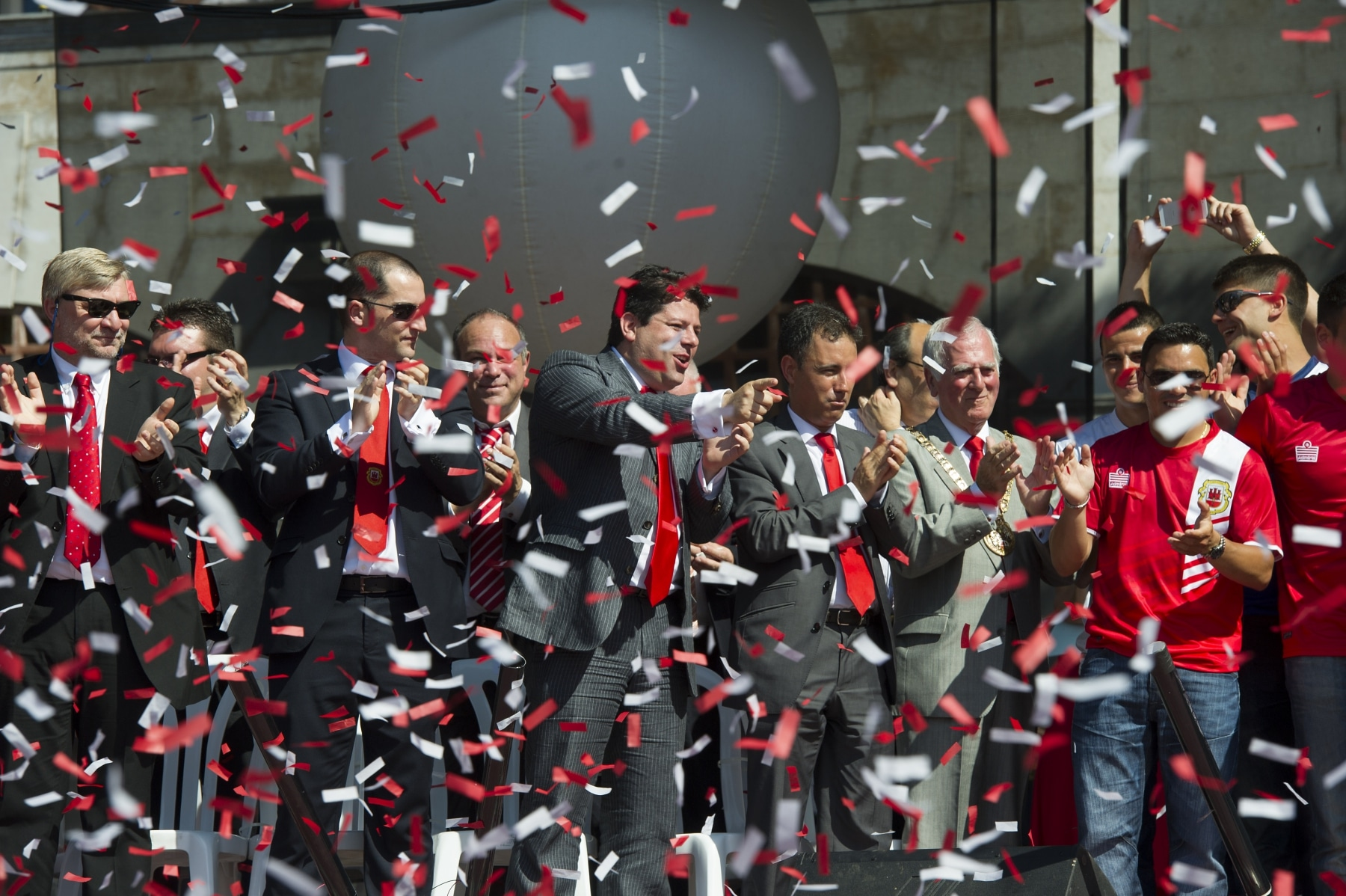 celebracin-entrada-gibraltar-en-la-uefa-11_9224820414_o
