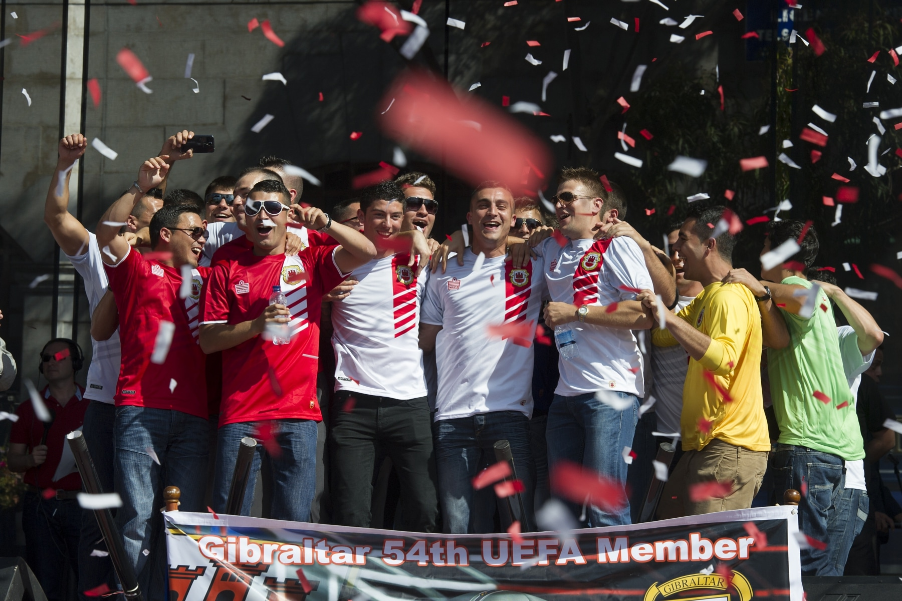 celebracin-entrada-gibraltar-en-la-uefa-12_9222043153_o