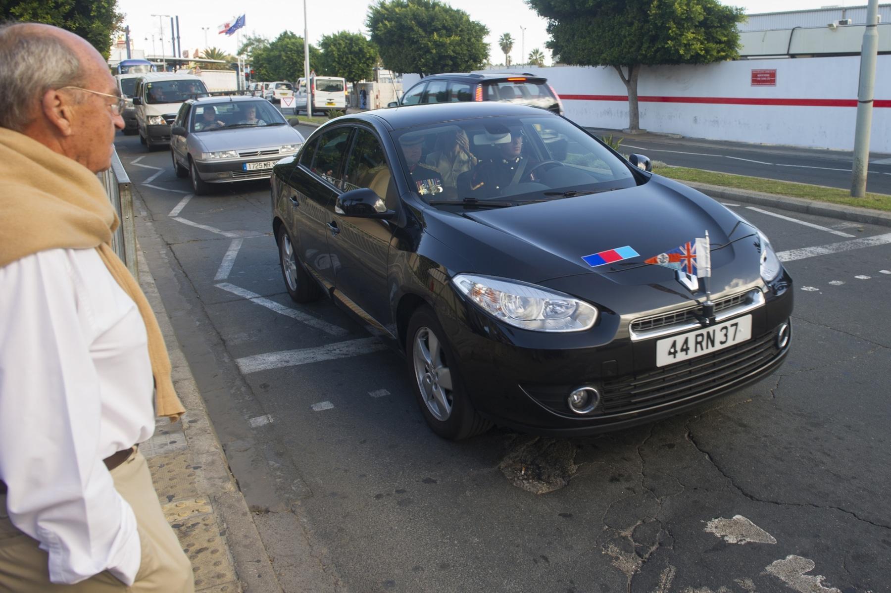 despedida-del-gobernador-de-gibraltar-13112013-marcos-moreno01_10967346103_o