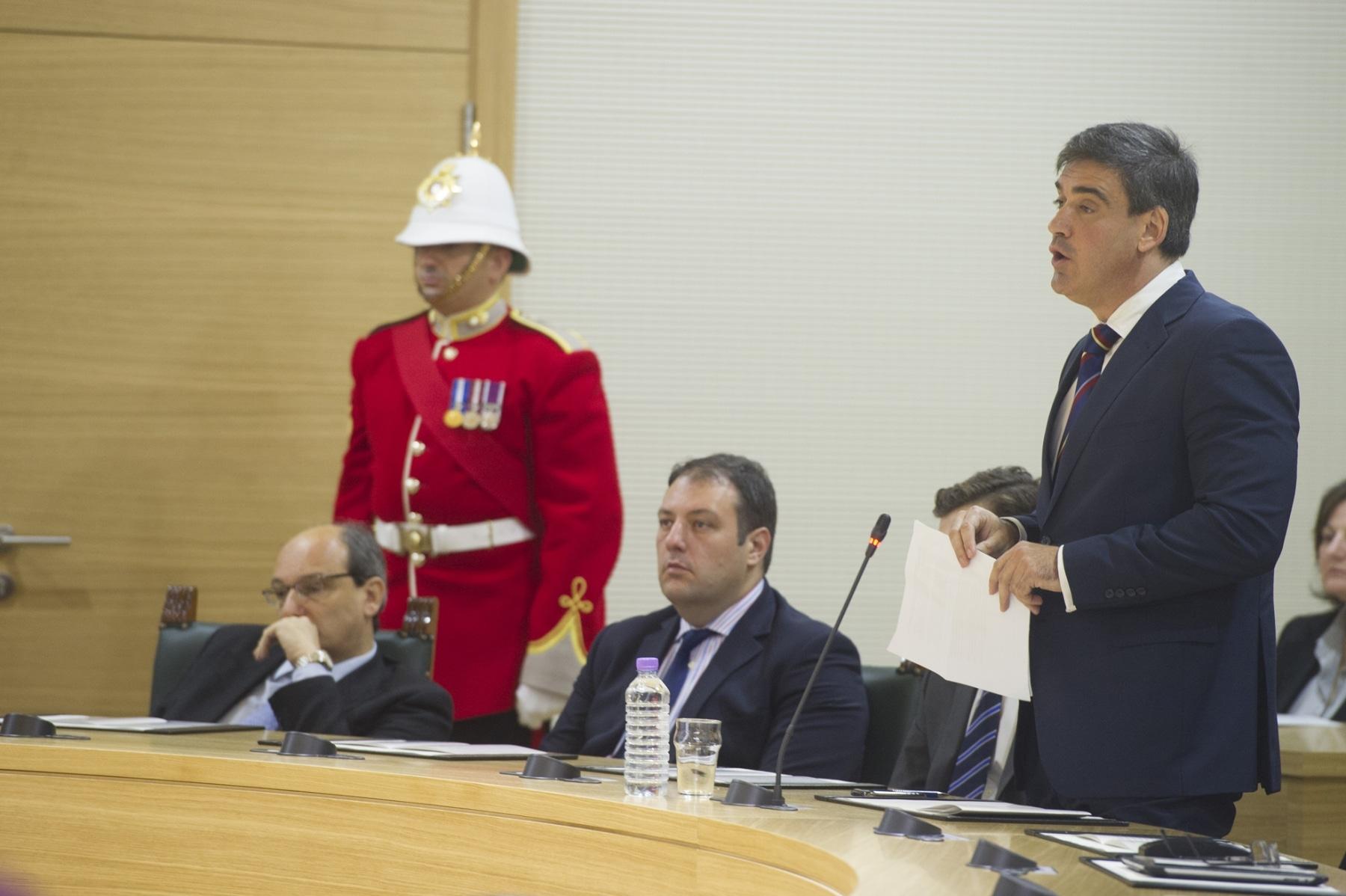 nuevo-gobernador-de-gibraltar21_11312459066_o