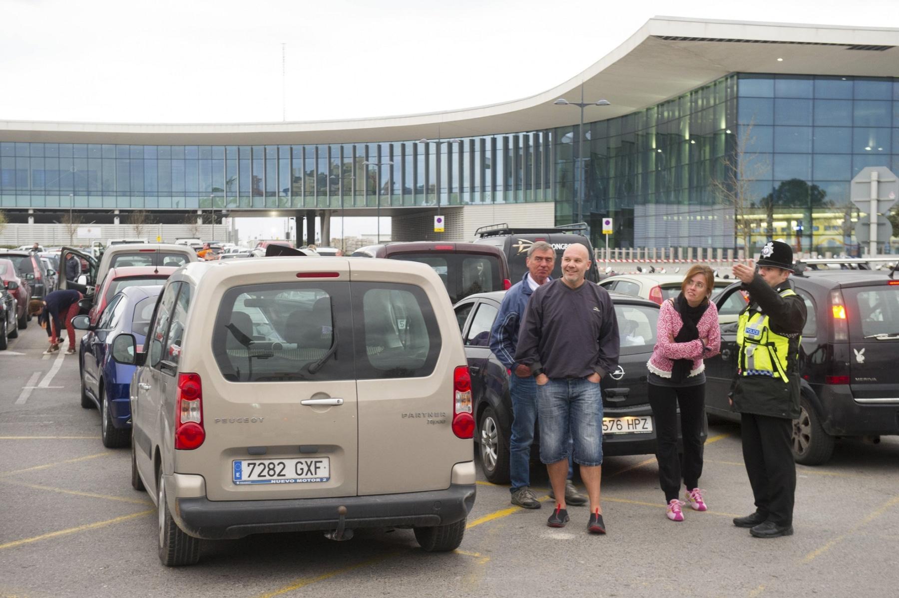 colas-coches-gibraltar-febrero-2014-7_12614288325_o