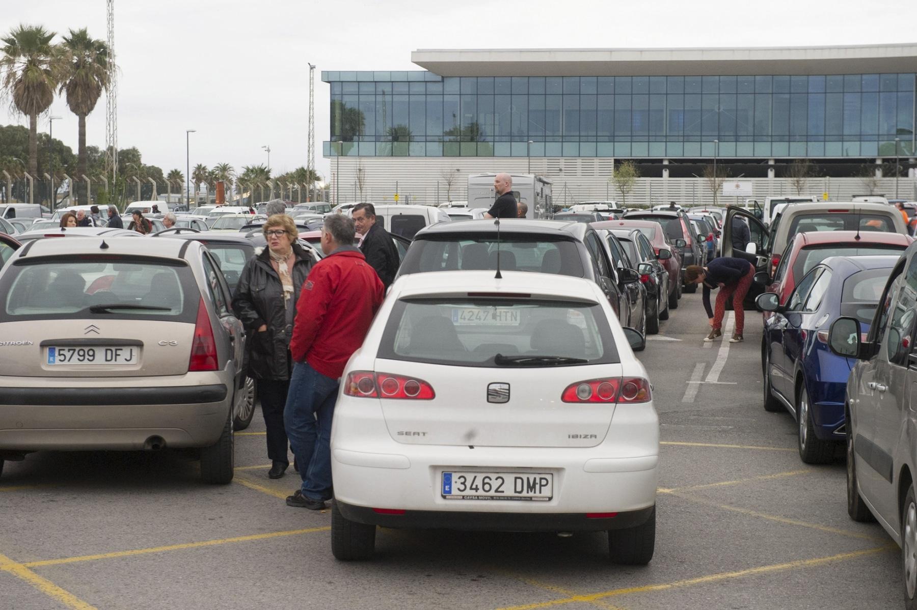 colas-coches-gibraltar-febrero-2014-8_12614283185_o