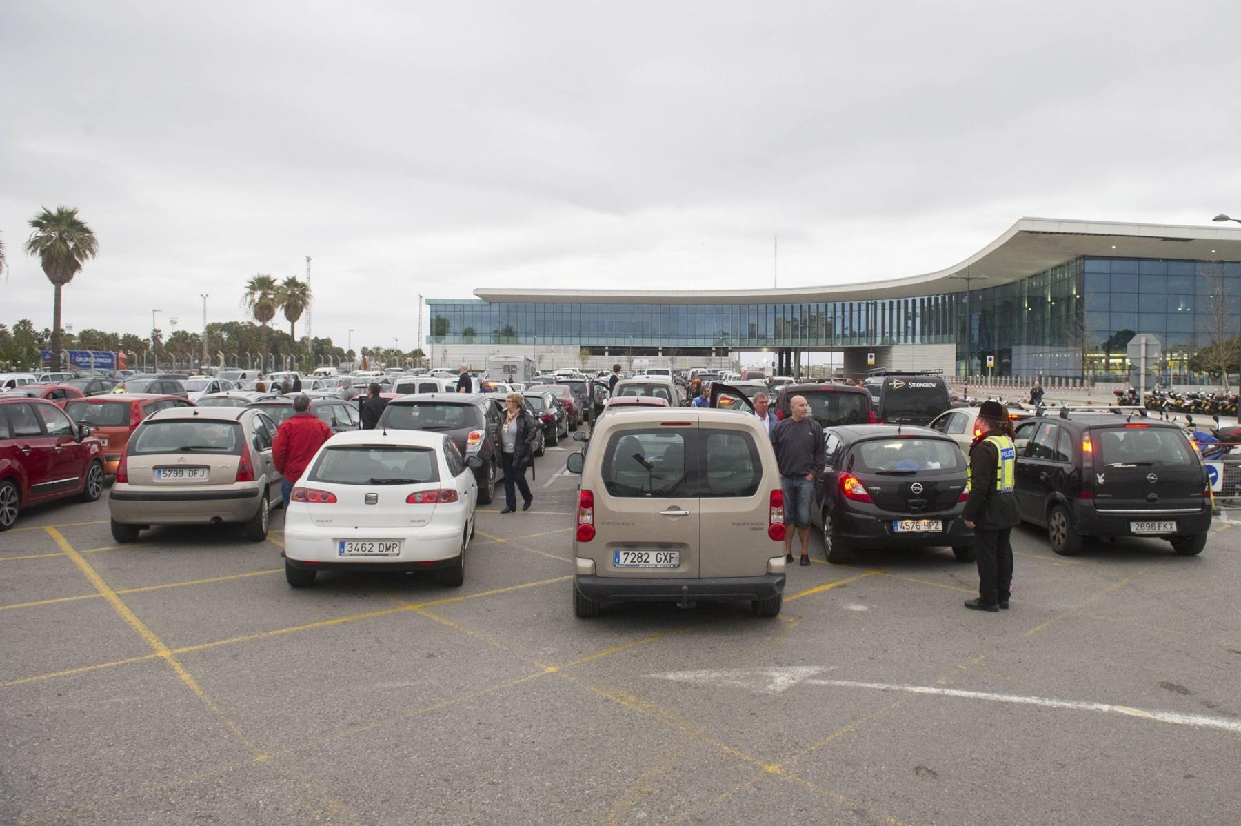 colas-coches-gibraltar-febrero-2014_12614394973_o