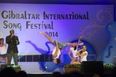 asher-moodie-reino-unido-junto-a-bailarines-de-la-mediterranen-dance-school-y-dance-academy_14029857341_o