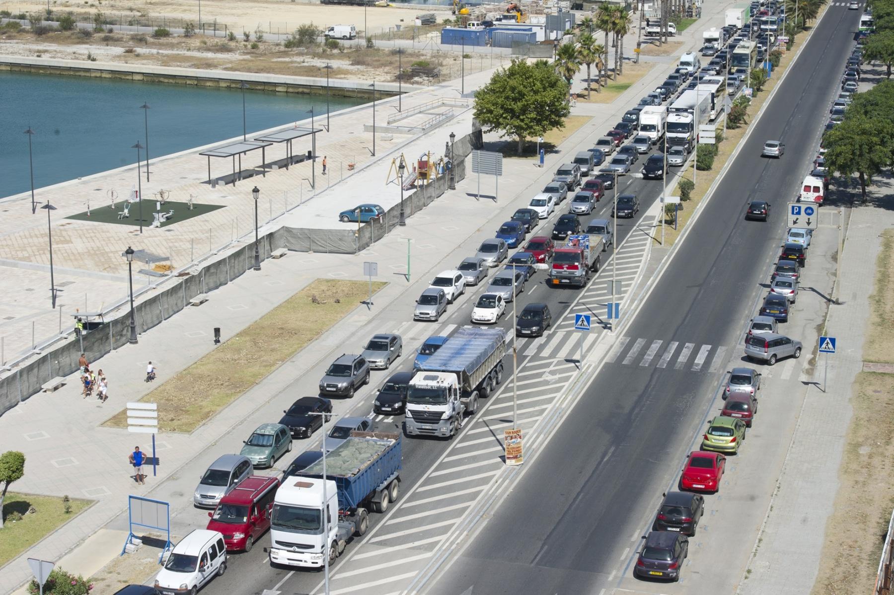 14-agosto-2014-colas-de-accceso-a-gibraltar01_14895581056_o