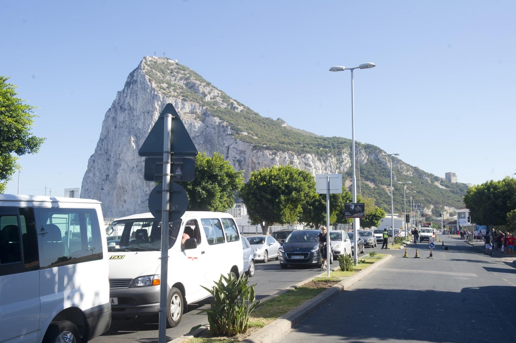 20-agosto-2014-colas-de-salida-de-gibraltar01_14800920339_o