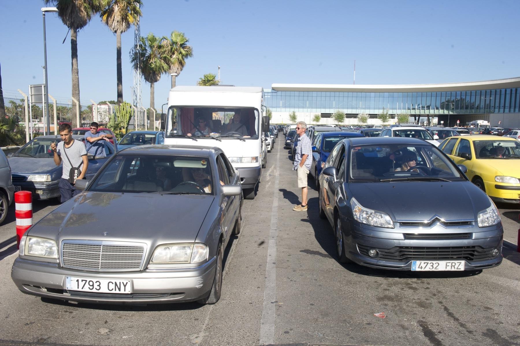 20-agosto-2014-colas-de-salida-de-gibraltar20_14964636236_o