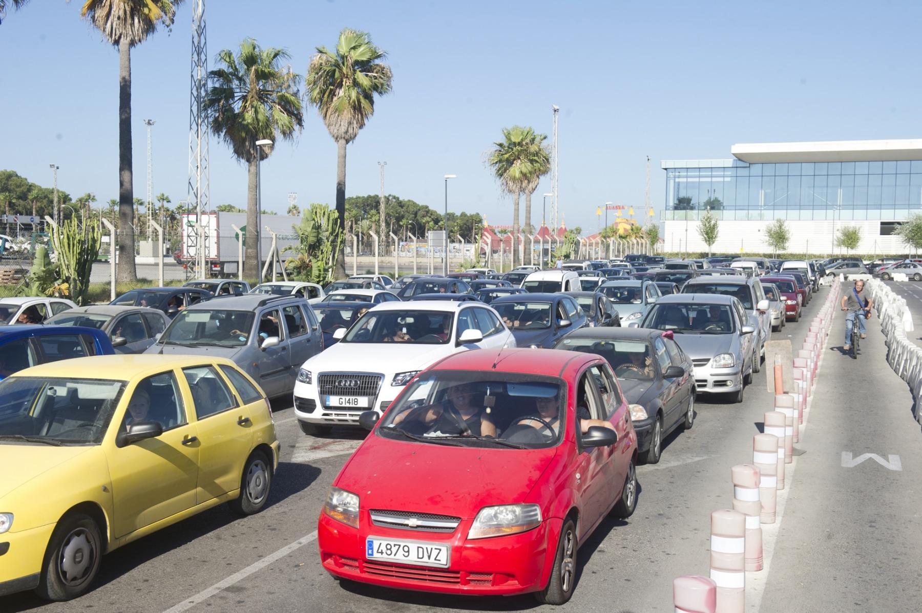 20-agosto-2014-colas-de-salida-de-gibraltar21_14801079667_o