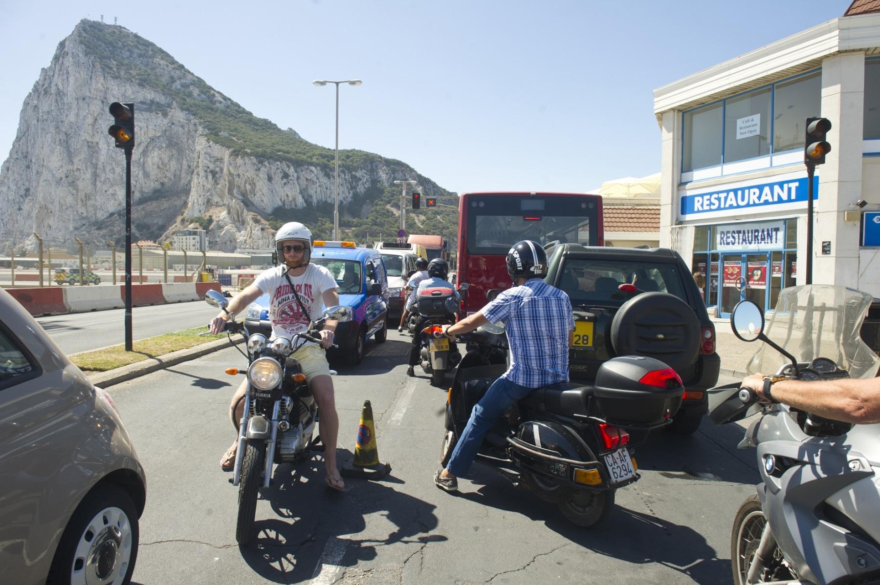 21-agosto-2014-colas-de-entrada-y-salida-de-gibraltar10_14803080150_o