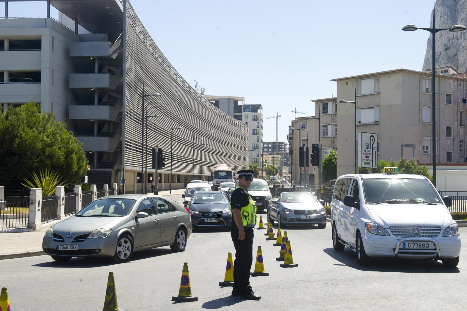 21-agosto-2014-colas-de-entrada-y-salida-de-gibraltar13_14989737105_o