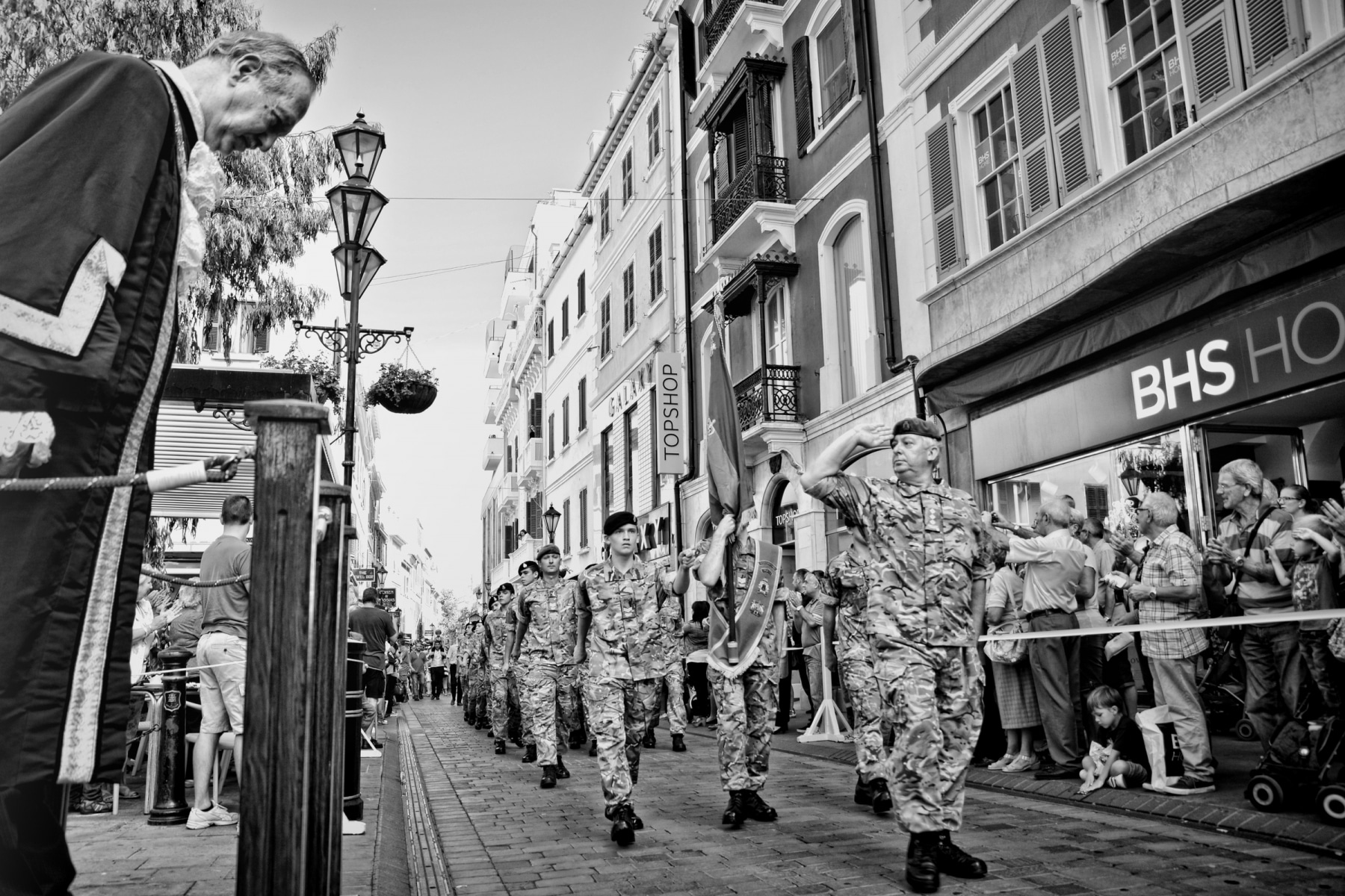 regiment-freedom-of-city-0118-bw_15253196319_o