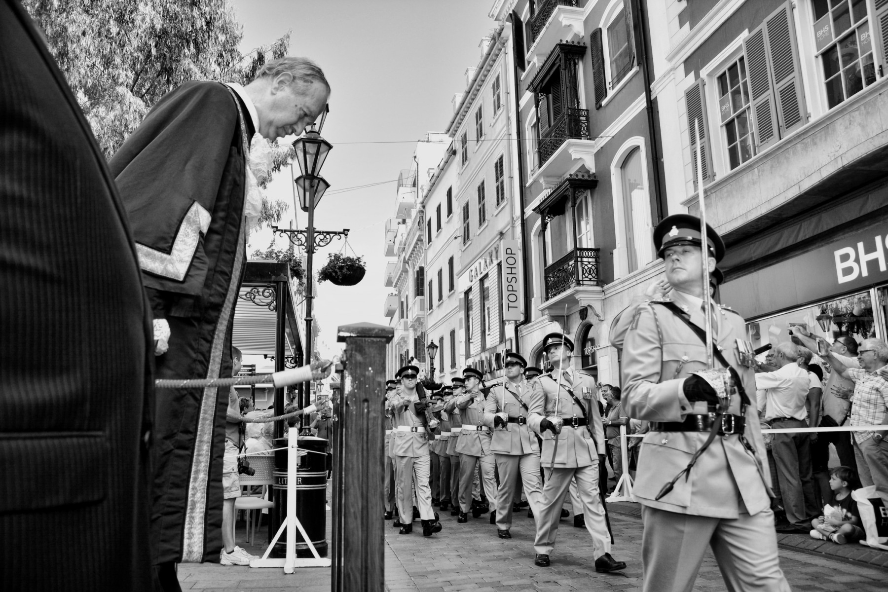 regiment-freedom-of-city-0174-bw_15436772281_o