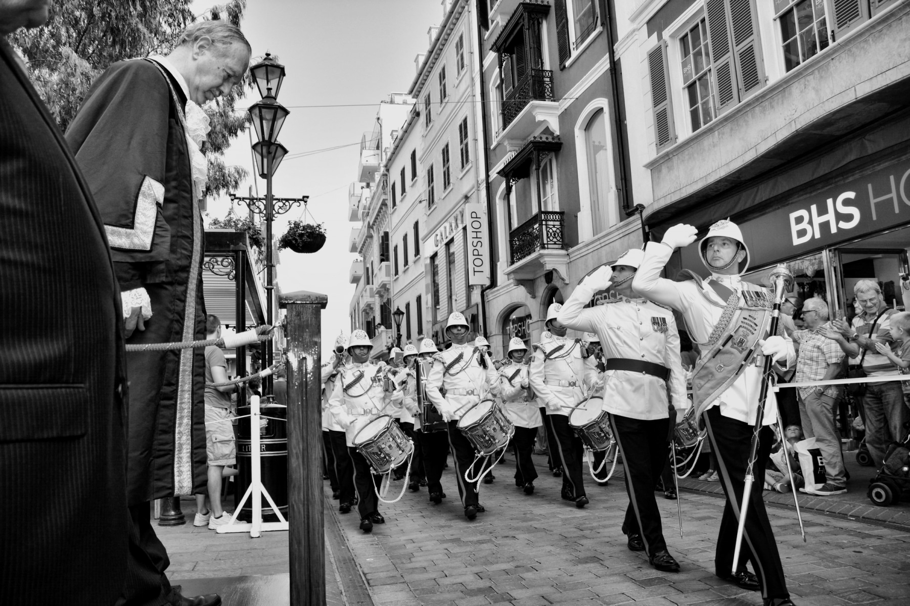 regiment-freedom-of-city-0181-bw_15436772051_o