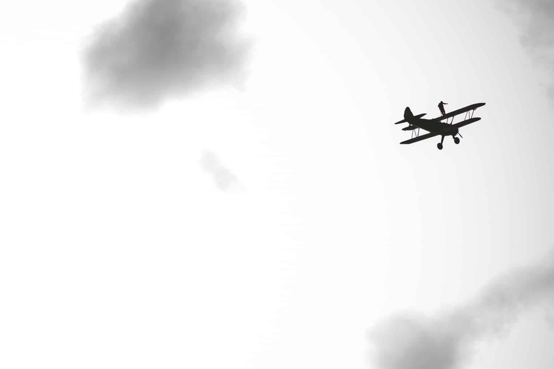 tom-lackey-acrobata-aereo-de-94-anos-en-gibraltar-10102014-18_15515854302_o