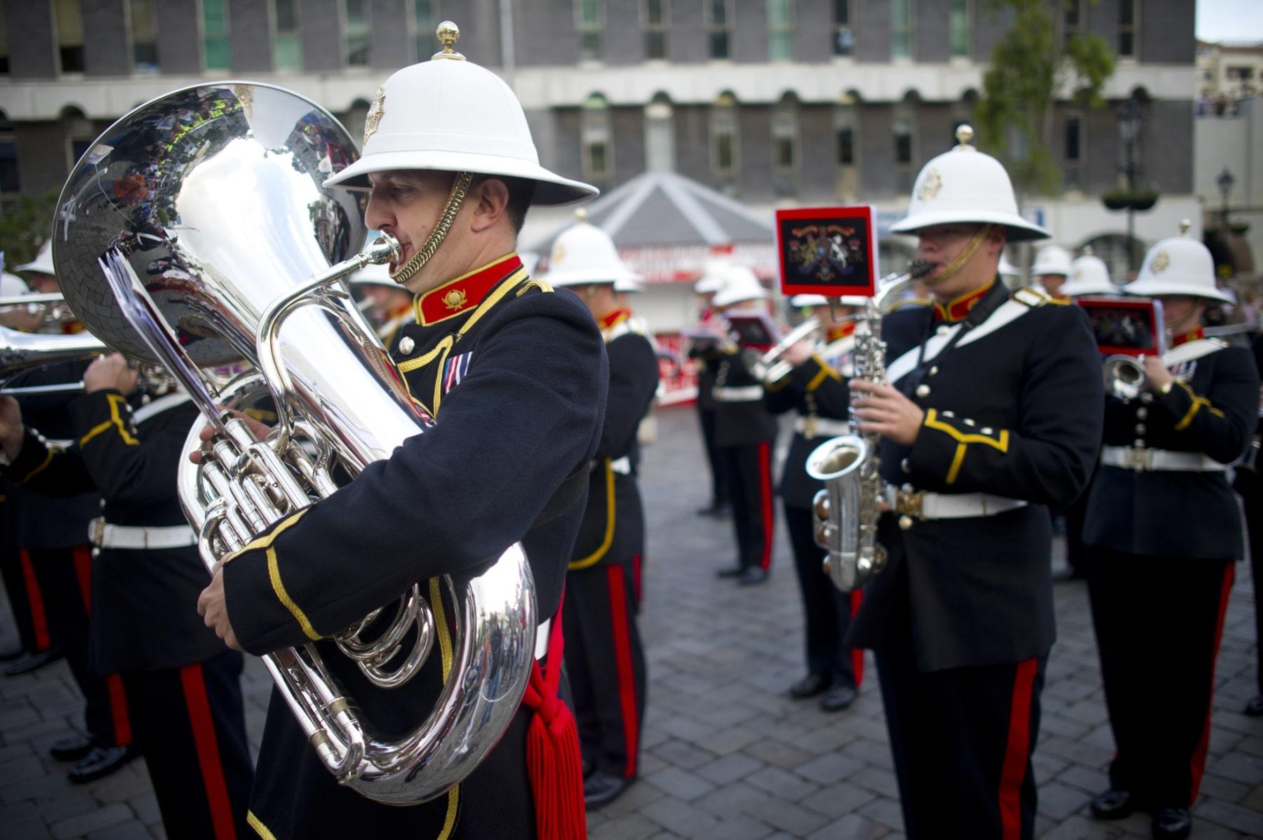 henry-cavill-en-la-carrera-del-350-aniversario-de-los-royal-marines-en-gibraltar-25-octubre-201413_15621091421_o