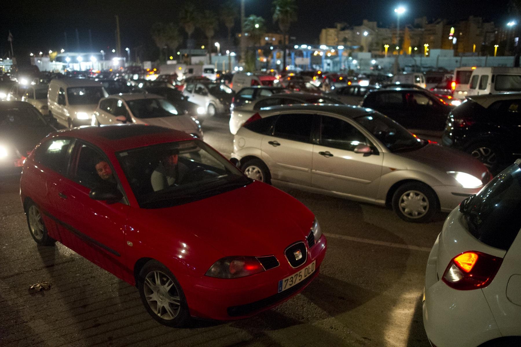 25-noviember-2014-cola-de-salida-gibraltar-09_15695195950_o