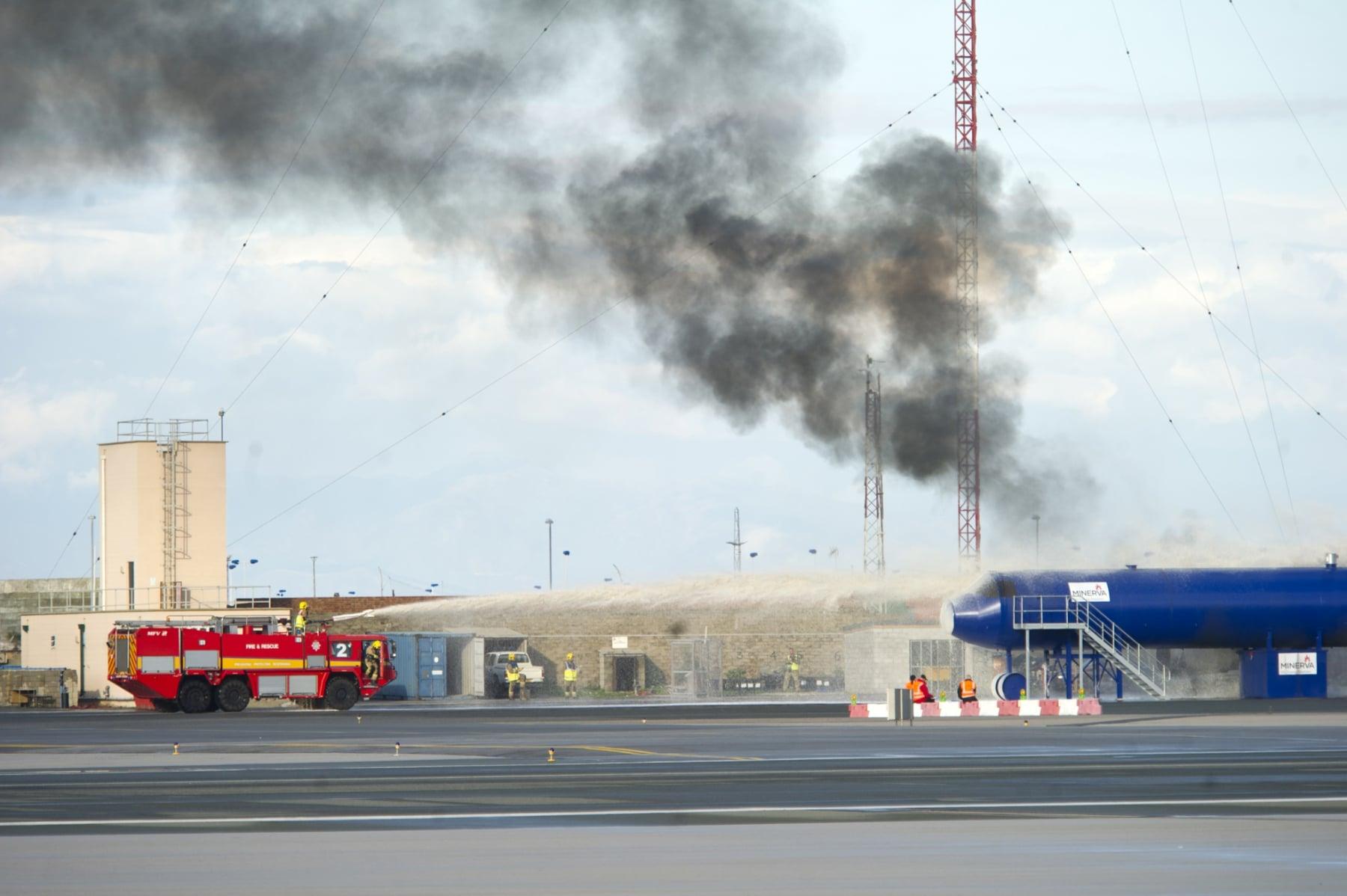 simulacro-accidente-aereo-en-gibraltar-03122014-07_15943268752_o
