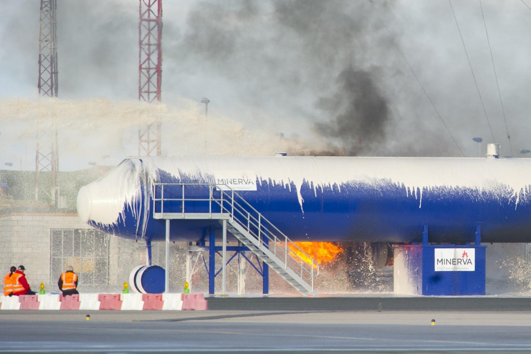 simulacro-accidente-aereo-en-gibraltar-03122014-09_15756646670_o
