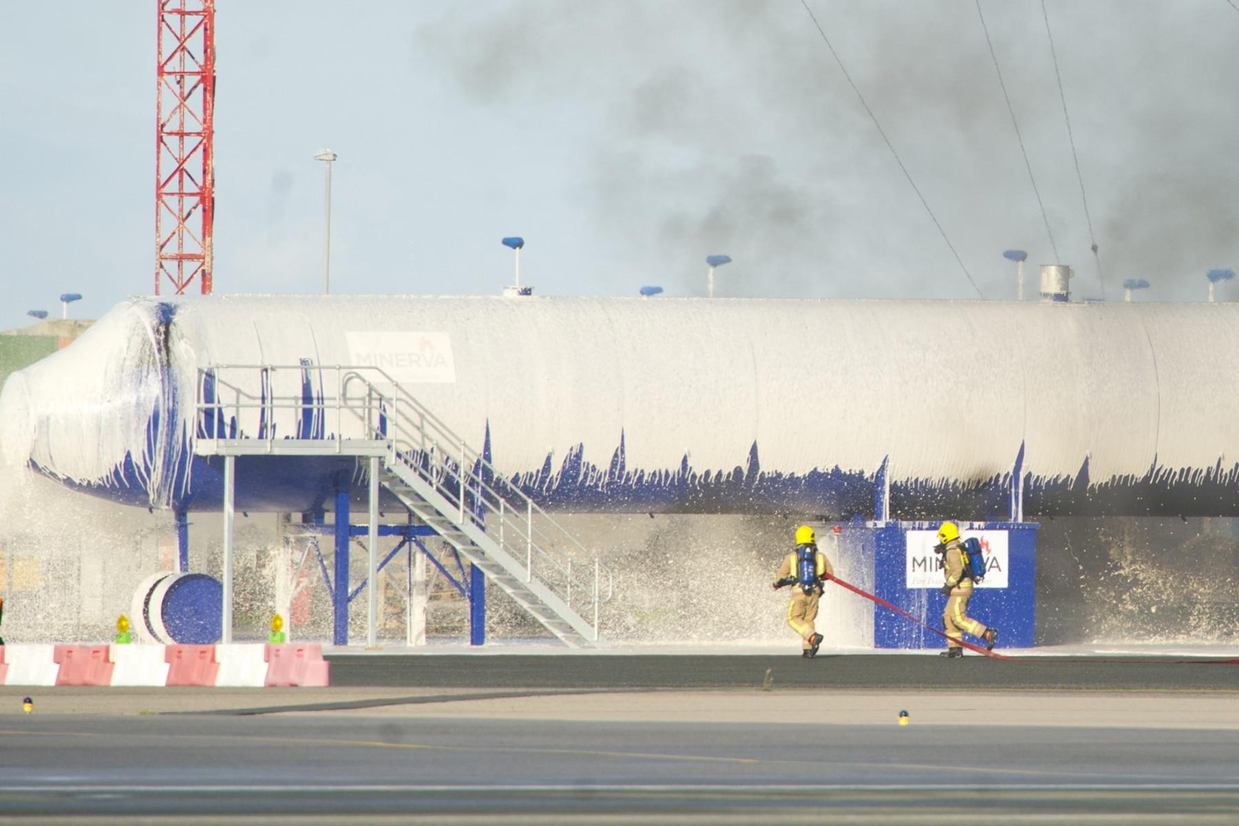 simulacro-accidente-aereo-en-gibraltar-03122014-12_15943264732_o