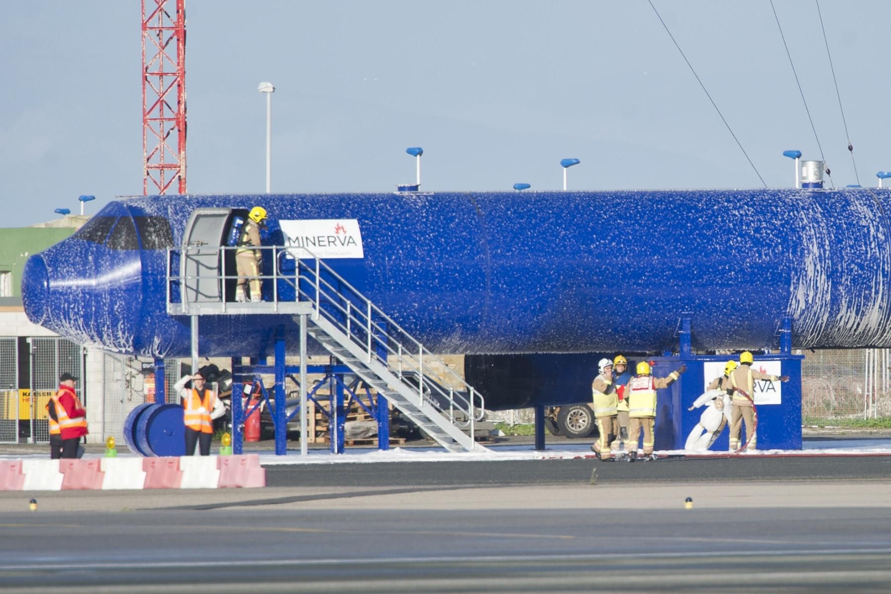 simulacro-accidente-aereo-en-gibraltar-03122014-17_15943926355_o