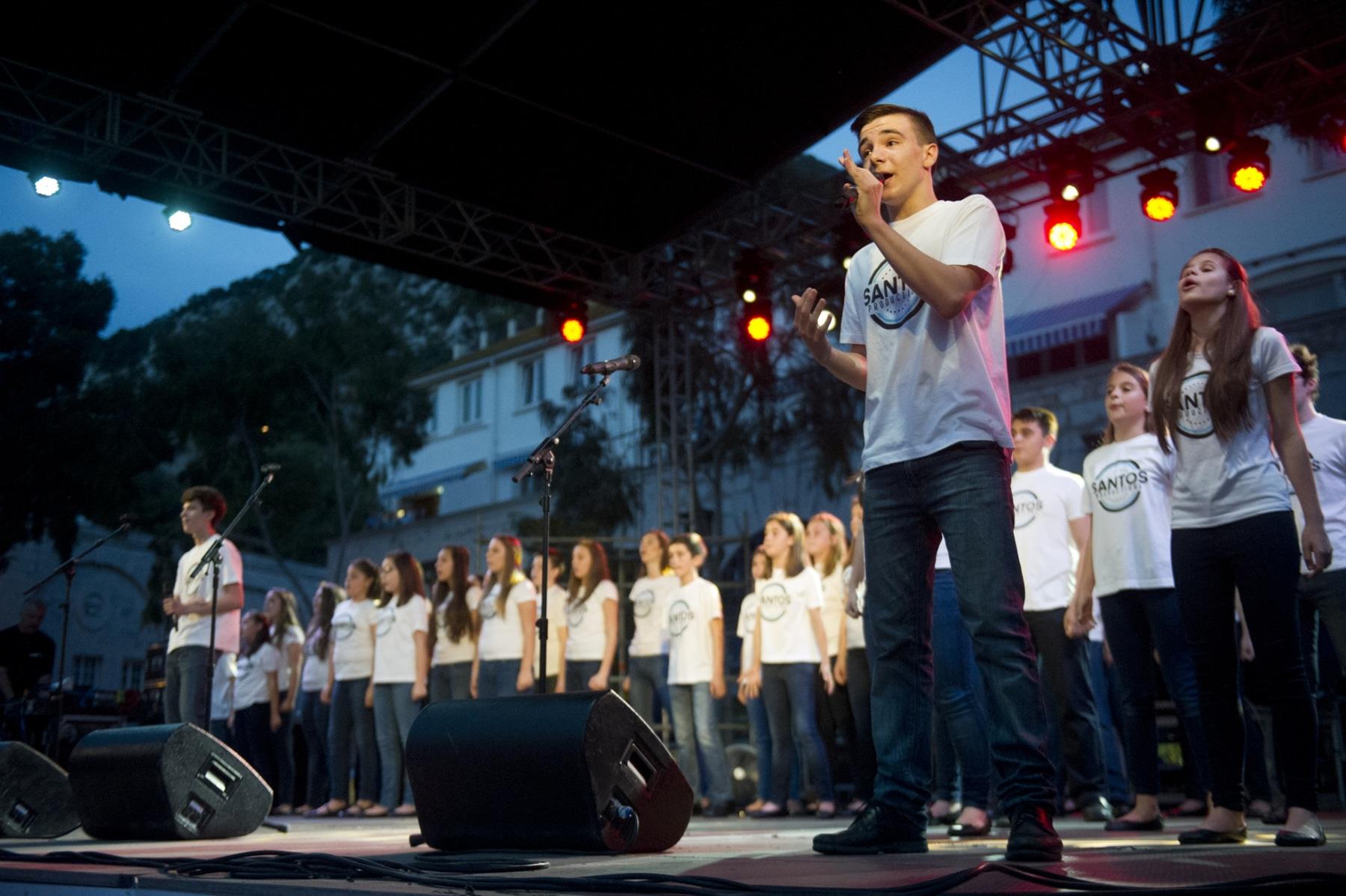 fiesta-del-1-de-mayo-en-gibraltar-01052015-33_17364516915_o