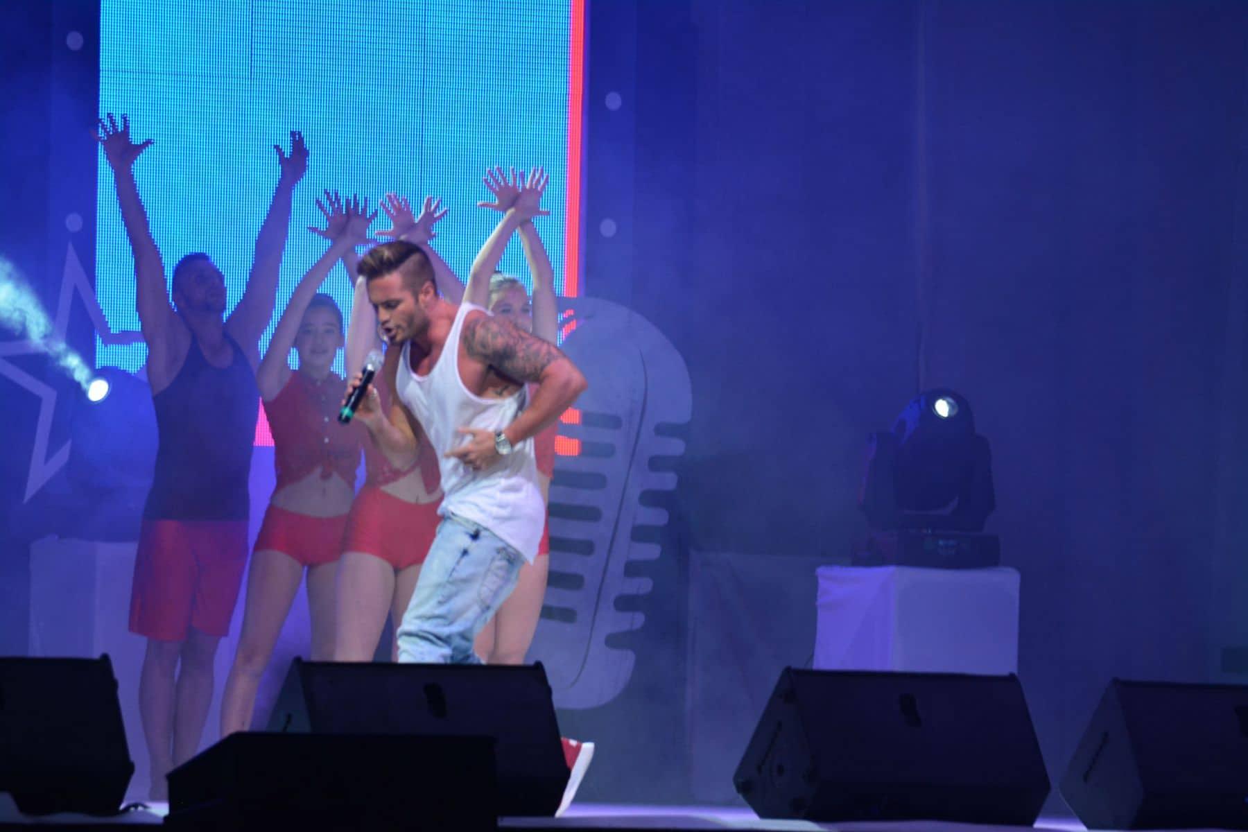 festival-internacional-de-la-cancin-de-gibraltar_16881663764_o