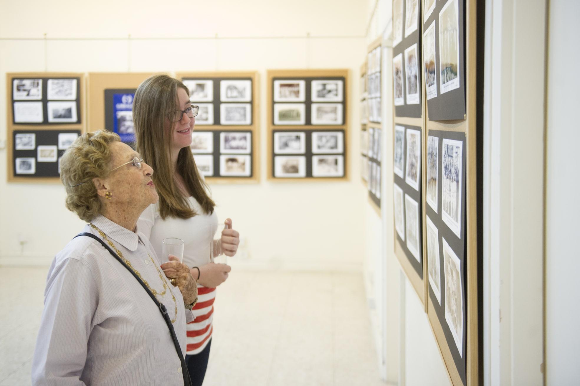 75-years-gibraltar-honouring-generation-26_17560681861_o
