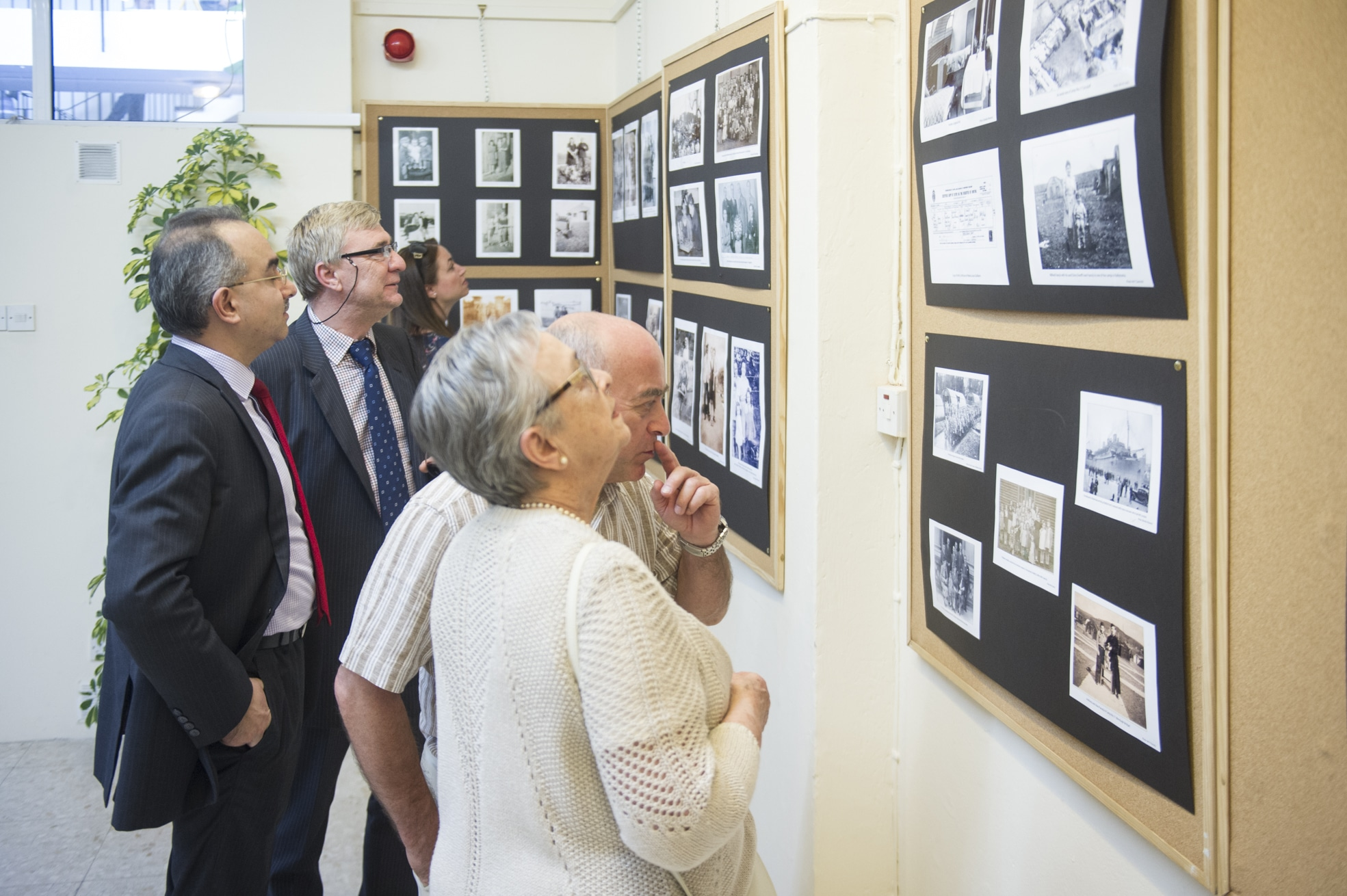 75-years-gibraltar-honouring-generation-41_17560676015_o