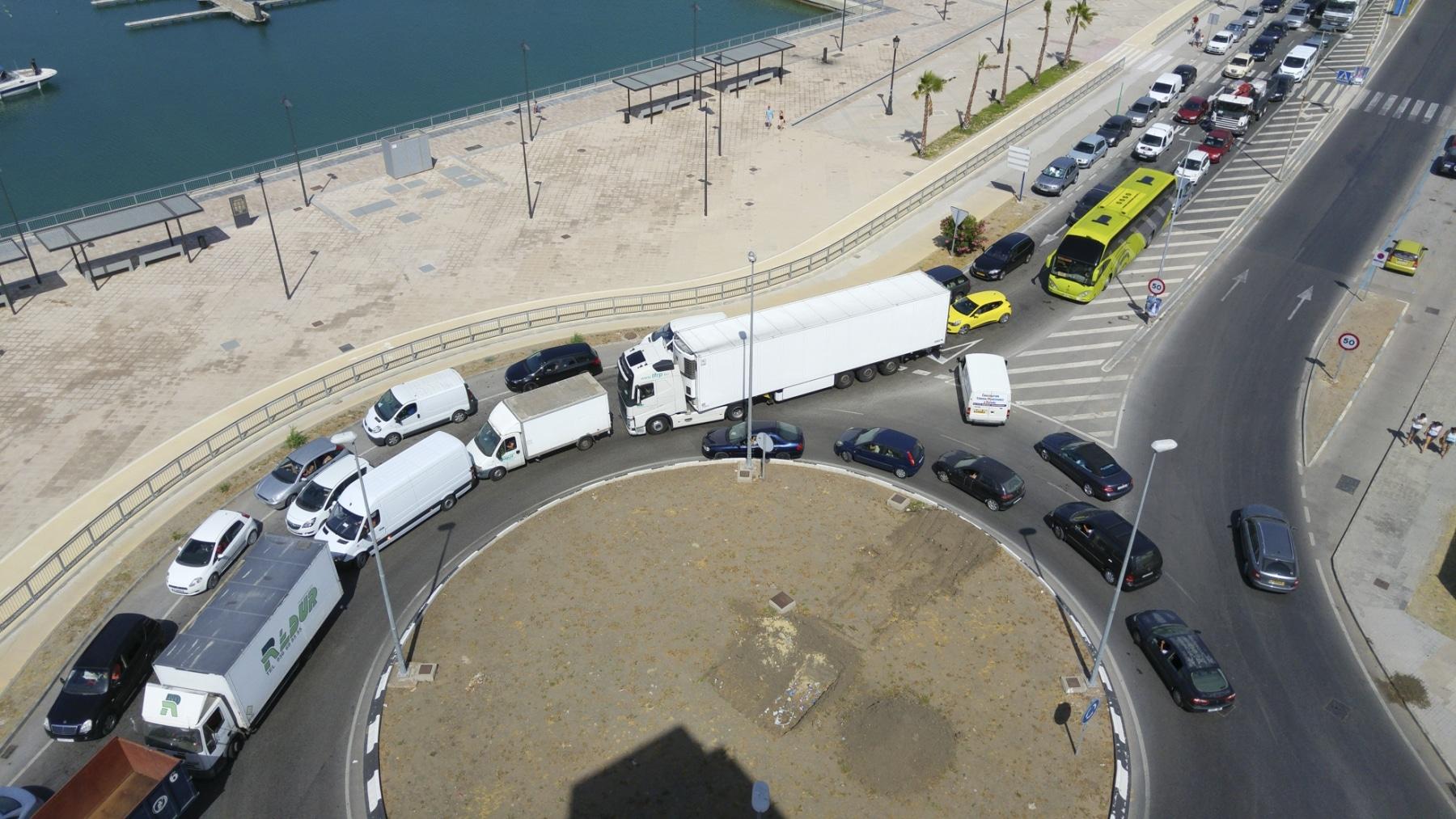 cola-entrada-a-gibraltar-28072015-13_19901581118_o