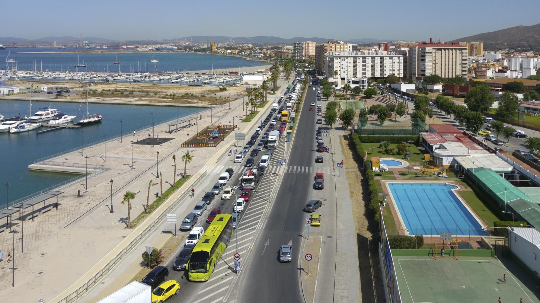 cola-entrada-a-gibraltar-28072015-14_19468680413_o