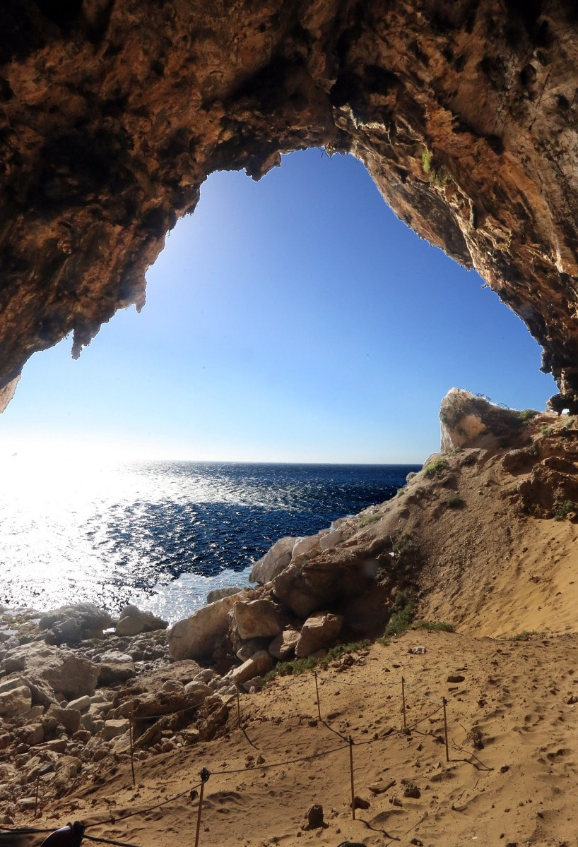 gorhams-cave-2_39633650021_o