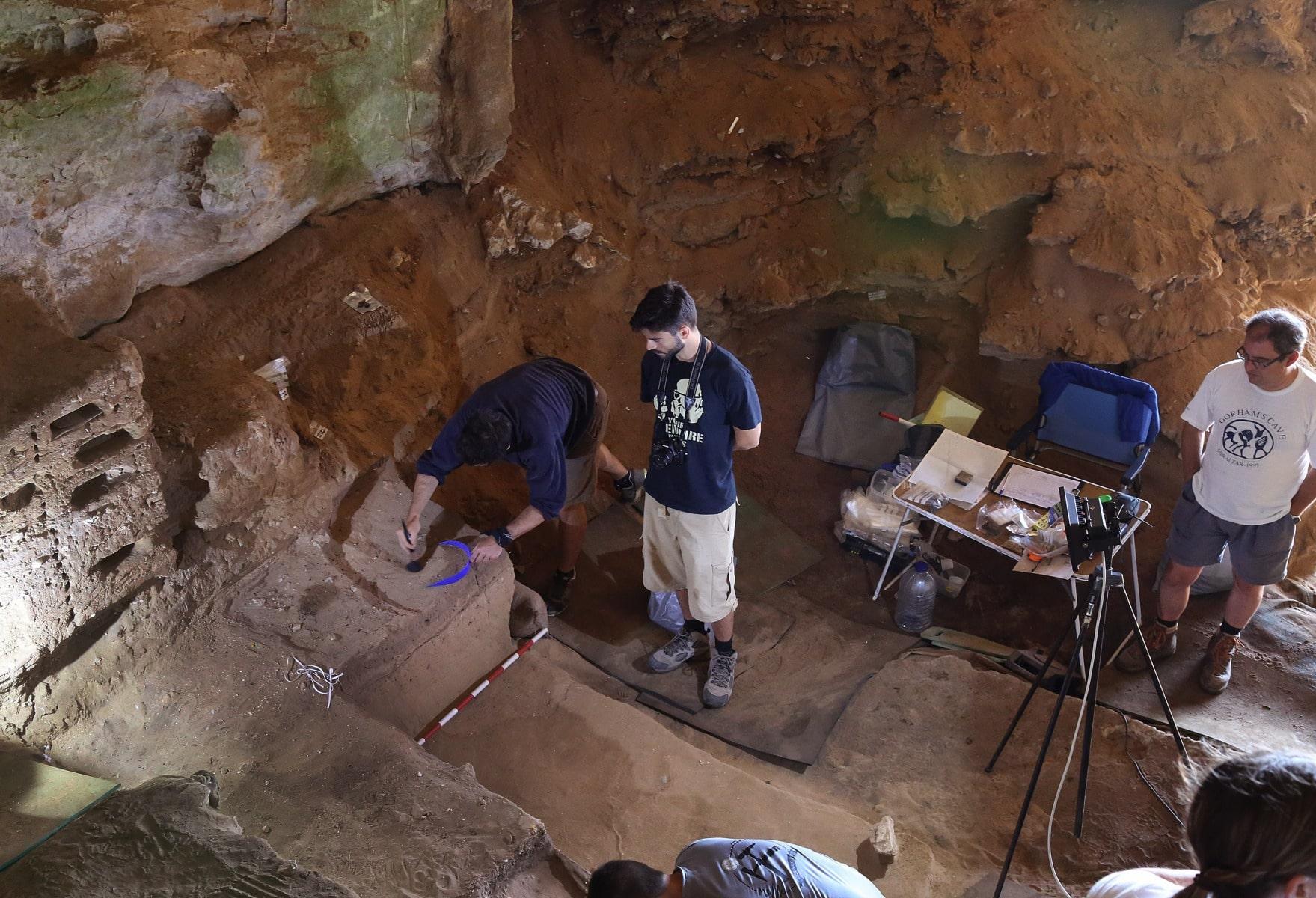gorhams-cave-5_39633656241_o