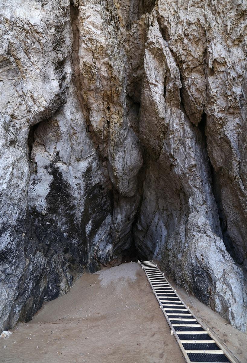gorhams-cave-8_39633659431_o