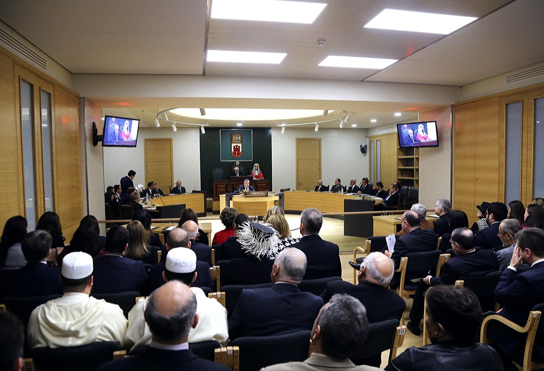 9-de-diciembre-de-2015-ceremonia-inaugural-del-nuevo-parlamento-de-gibraltar_23266206809_o