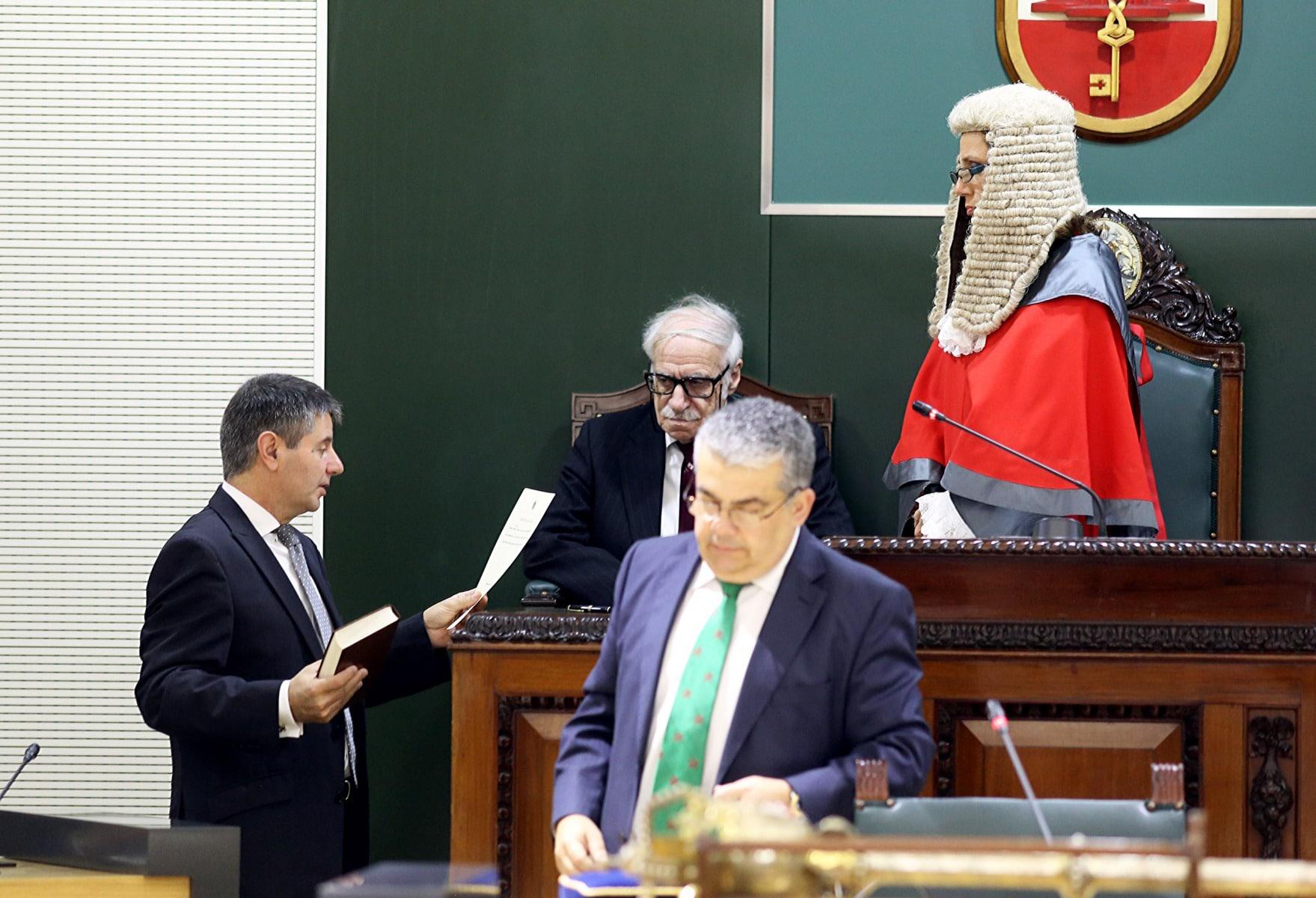 9-de-diciembre-de-2015-ceremonia-inaugural-del-nuevo-parlamento-de-gibraltar_23266258209_o