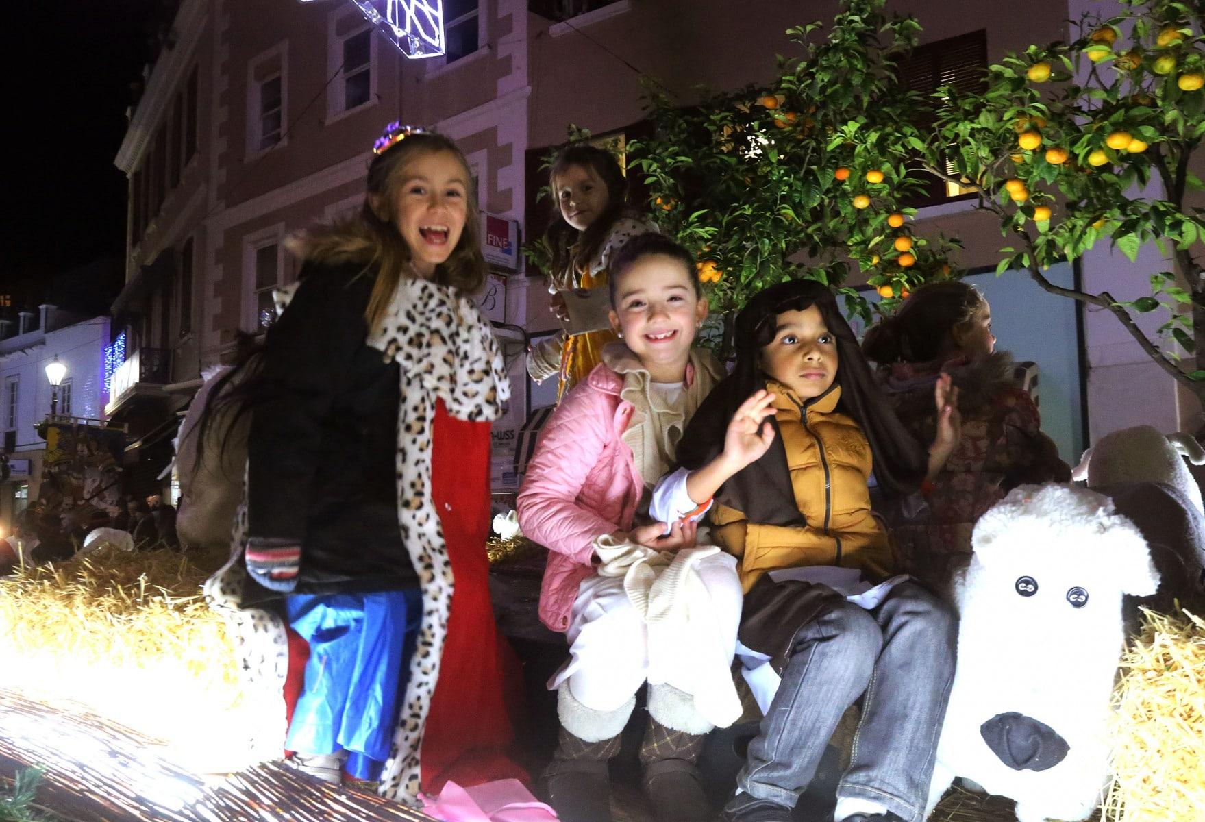 05-ene-2016-cabalgata-de-los-reyes-magos-en-gibraltar_23580015023_o