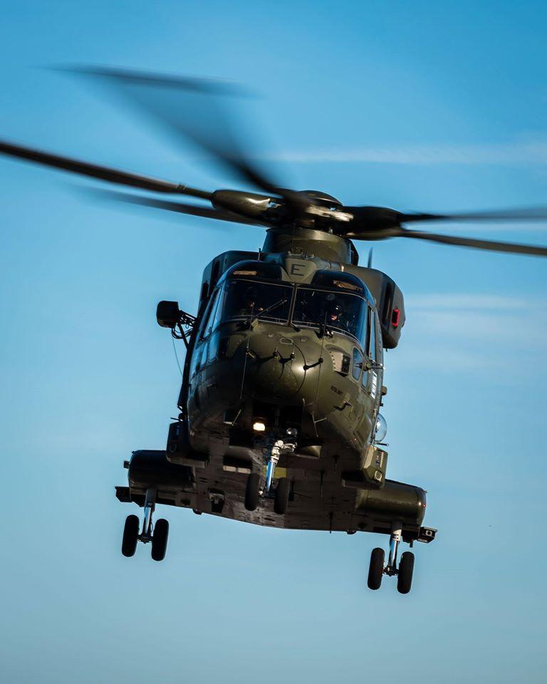 15-de-enero-2016-simulacro-de-rescate-con-helicpteros-merlin-mk3-en-gibraltar-03_23771649103_o