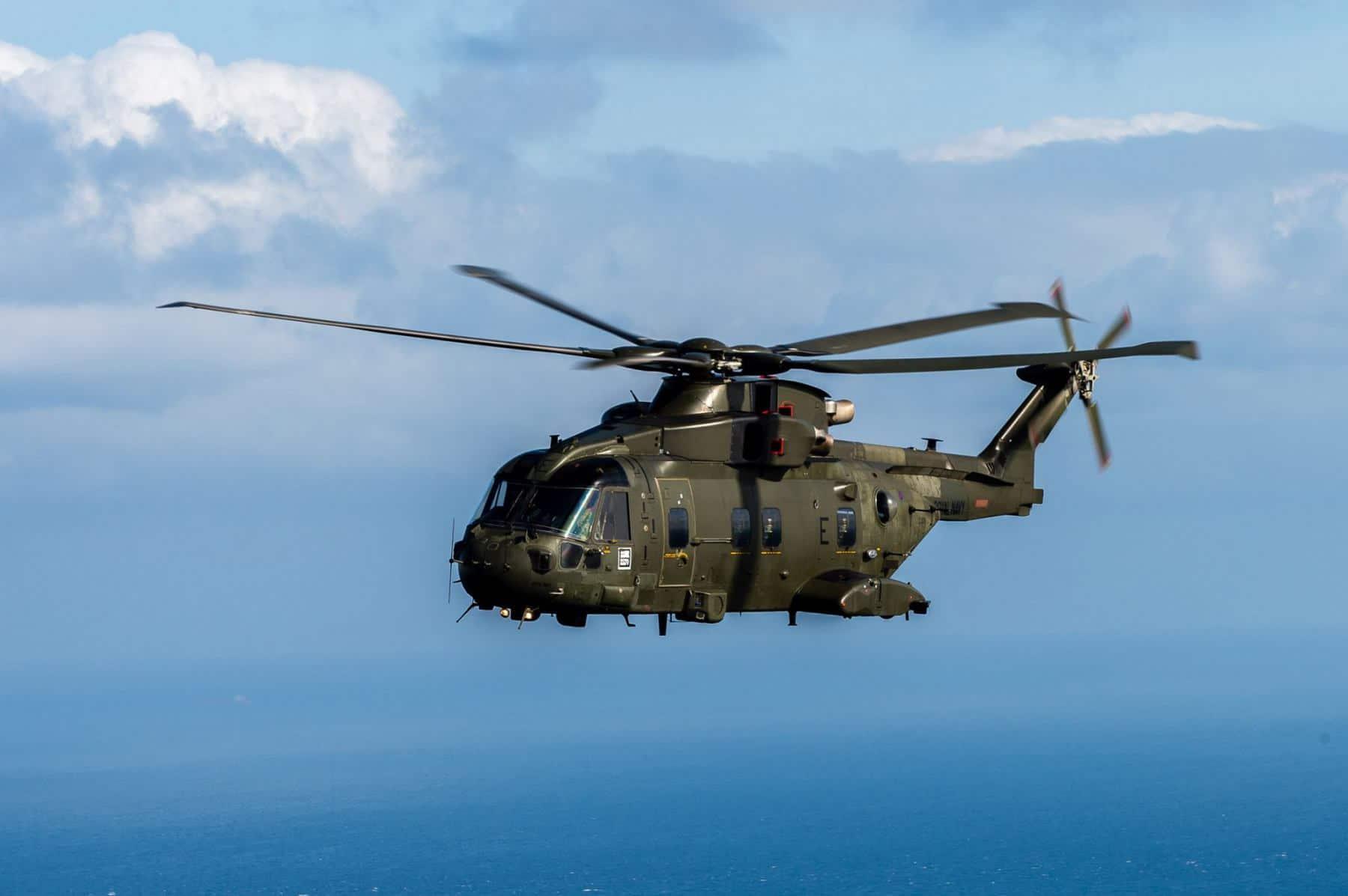 15-de-enero-2016-simulacro-de-rescate-con-helicpteros-merlin-mk3-en-gibraltar-06_24398436285_o