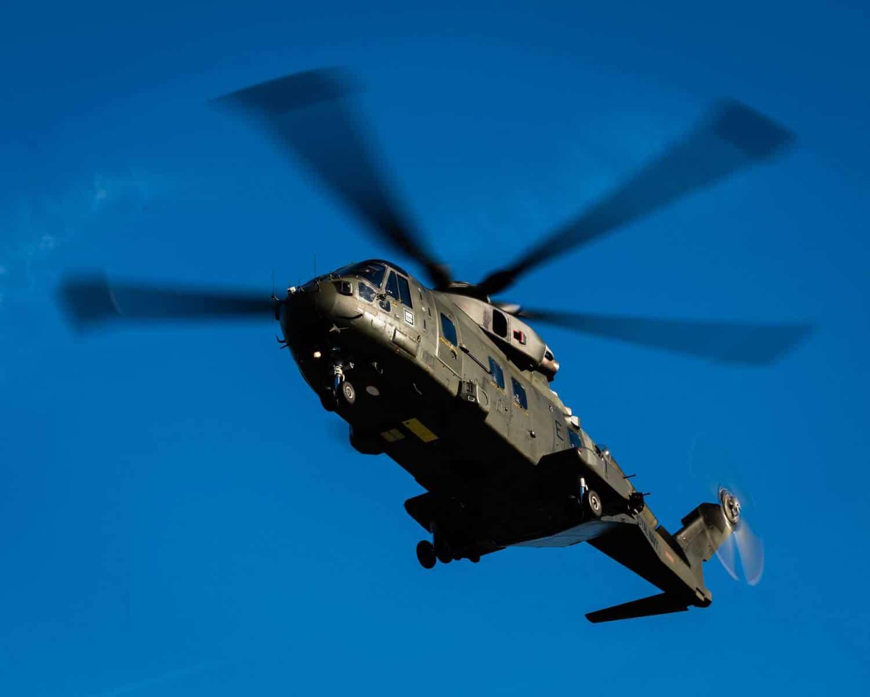 15-de-enero-2016-simulacro-de-rescate-con-helicpteros-merlin-mk3-en-gibraltar-12_24102817150_o