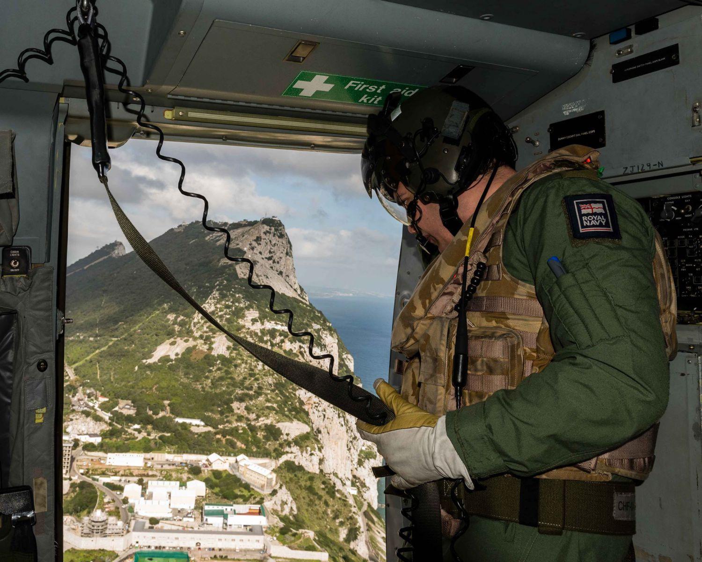 15-de-enero-2016-simulacro-de-rescate-con-helicpteros-merlin-mk3-en-gibraltar-13_23771645703_o